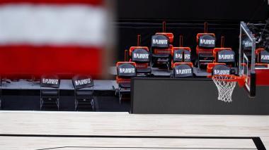 La NBA reanudará este sábado sus partidos de 'playoffs'