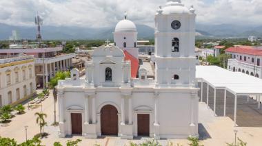Alerta por fallas estructurales en Parroquia San Juan Bautista en Ciénaga