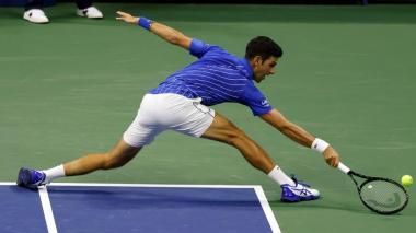 El serbio Novak Djokovic, cabeza de serie número uno, se impuso el lunes por 6-1, 6-4 y 6-1 al bosnio Damir Dzumbur.