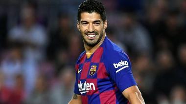 Luis Suárez busca equipo tras no entrar en los planes del director técnico Ronald Koeman.