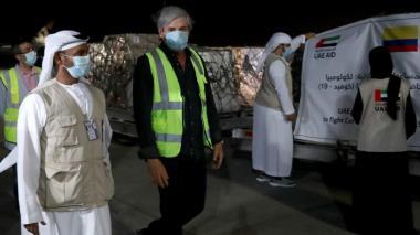 Llegan 300 ventiladores en cuarta donación de los Emiratos Árabes