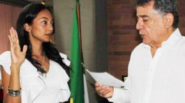Relevan a secretaria heredada de la administración anterior en Sucre