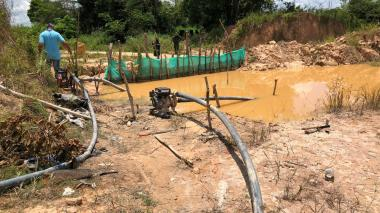 En Córdoba desmantelan mina sindicada de pagar utilidades al 'Clan del Golfo'