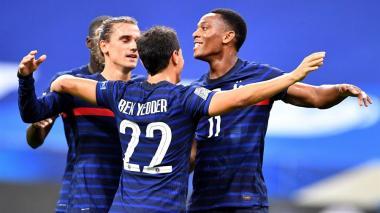 Griezmann brilla en goleada de Francia y Belgica apabulla a Islandia