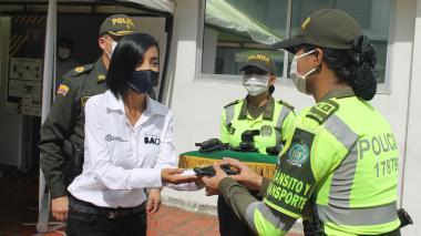 Distrito entregó 150 cámaras corporales a la Policía de Tránsito