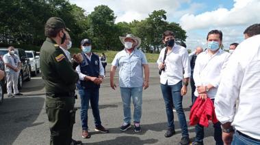 Defensor del Pueblo lidera misión humanitaria en el sur de Córdoba