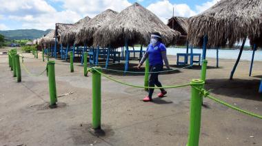 Playas reabrirán el 18 de septiembre solo si cumplen protocolos
