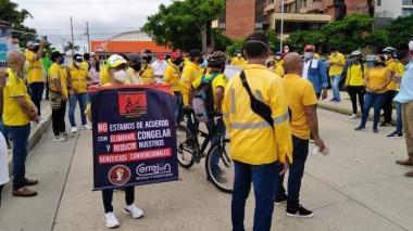 Hacen llamado para acabar con la huelga en Cerrejón