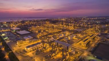 Aspecto de la instalaciones de la Refinería de Cartagena (Reficar).