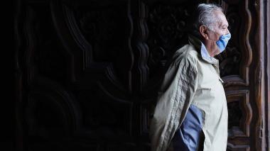 México supera 70.000 muertos por COVID rodeado de esperanza, dudas y miedo