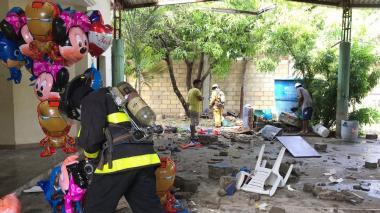 Explosión de un tanque de helio dejó un muerto y tres heridos