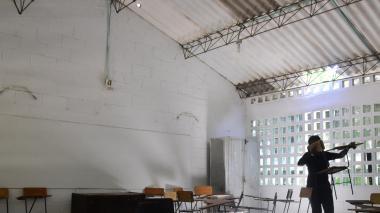 Roban 4 abanicos en un colegio de Villa La Cordialidad