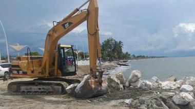Firman convenio para dar solución a la erosión costera en Ciénaga
