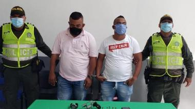 Caen dos hombres que habrían cometido un atraco en el barrio El Recreo