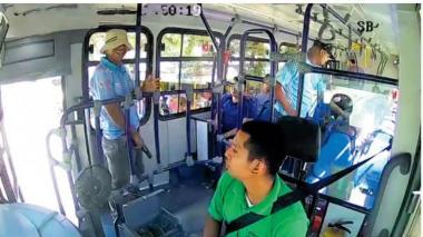 Atracos a buses: un flagelo que no termina