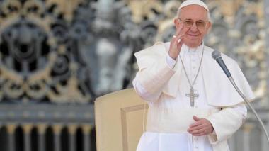 El papa pide que la vacuna contra el coronavirus sea universal