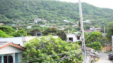 302 kilómetros de redes de baja y mediana tensión serán instalados en corregimientos y veredas.