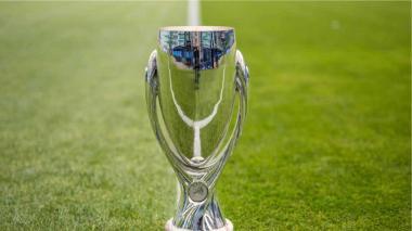 "La Supercopa de Budapest; la ""prueba piloto"" con público de la Uefa"