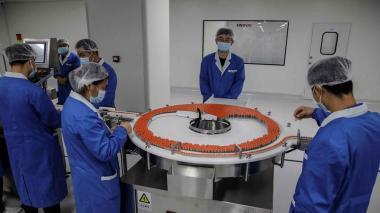 China fabricará mil millones de dosis de vacunas contra el Covid-19 en 2021