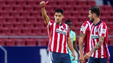 Luis Suárez se reportó con dos goles en su debut con el conjunto 'colchonero'.