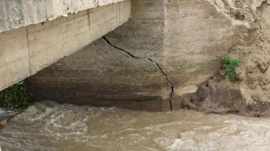 Box culvert podría colapsar en Vía de la Prosperidad por falla del talud