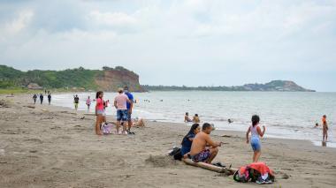En Playa Tubará los turistas atendieron las recomendaciones de las autoridades sobre el distanciamiento.