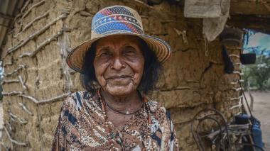 Jeorgina Henríquez , según testigos, desde los 12 años viste la tradicional manta guajira.