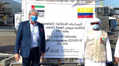 Insumos médicos llegan de Emiratos Árabes