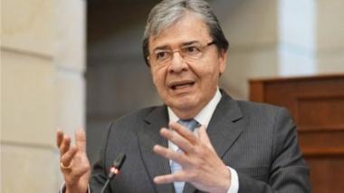Conservadores votarán en contra de moción de censura al ministro de Defensa