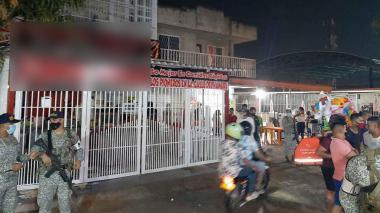 Intervienen La Calle del Hambre de Soledad y cierran 12 establecimientos