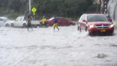 Durante este fin de semana se dio el paso de una onda tropical que causó precipitaciones en la ciudad.