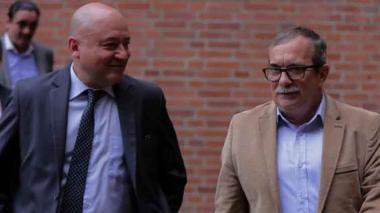 Fiscalía llama a declarar a Timochenko y Lozada por caso de Álvaro Gómez