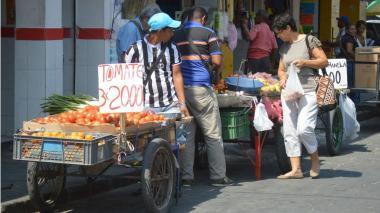 Comercio samario pide medidas para mitigar el impacto de la informalidad