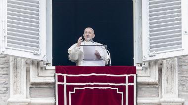 Papa pide mayor participación femenina en las instituciones de la Iglesia