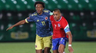 Alexis Sánchez marcó uno de los goles en el empate 2-2 ante Colombia.