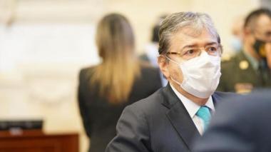 Mindefensa Carlos Holmes Trujillo no renunciará a su cargo