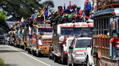 Indígenas cansados de la violencia continúan su marcha hacia Bogotá