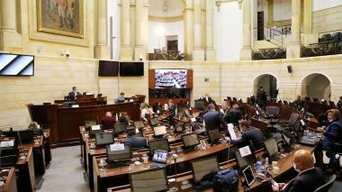 Uribismo radica en el Congreso un proyecto para derogar la Justicia de Paz