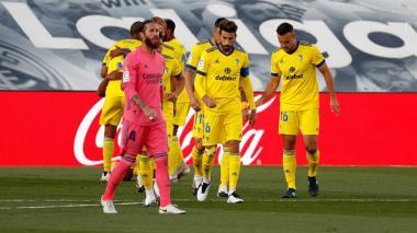 Real Madrid se vio sorprendido por el Cádiz y cayó en casa