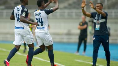 Luis Amaranto Perea y Dany Rosero se felicitaron en el segundo gol de Junior.