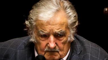 """""""Triunfar en la vida no es ganar, es levantarse y volver a empezar"""": Mujica"""