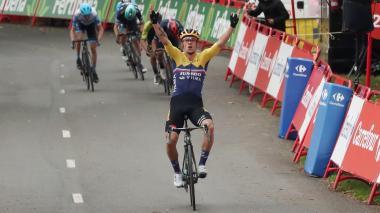Roglic, actual campeón, comienza la Vuelta a España con pie derecho