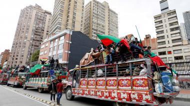 Multitudes respaldadas por minga protestaron pacíficamente en el país