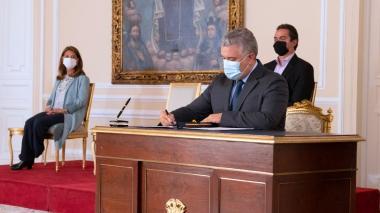 Duque sanciona ampliación hasta marzo de Programa de Apoyo al Empleo Formal