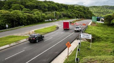 $50 mil millones para terminar doble calzada Cartagena- Barranquilla