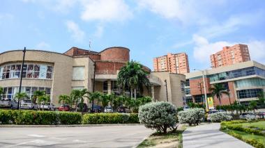 Fachada del Centro Comercial Buenavista I, en el norte de Barranquilla.