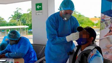 Colombia vuelve a registrar más de 200 muertes por Covid en reporte diario