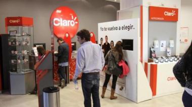 SIC sanciona a Claro con $983 millones por vulnerar derechos de sus clientes