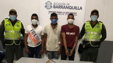 Policía captura a tres presuntos atracadores