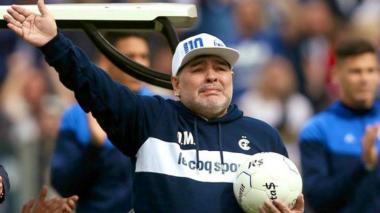 Diego Maradona como técnico de Gimnasia.